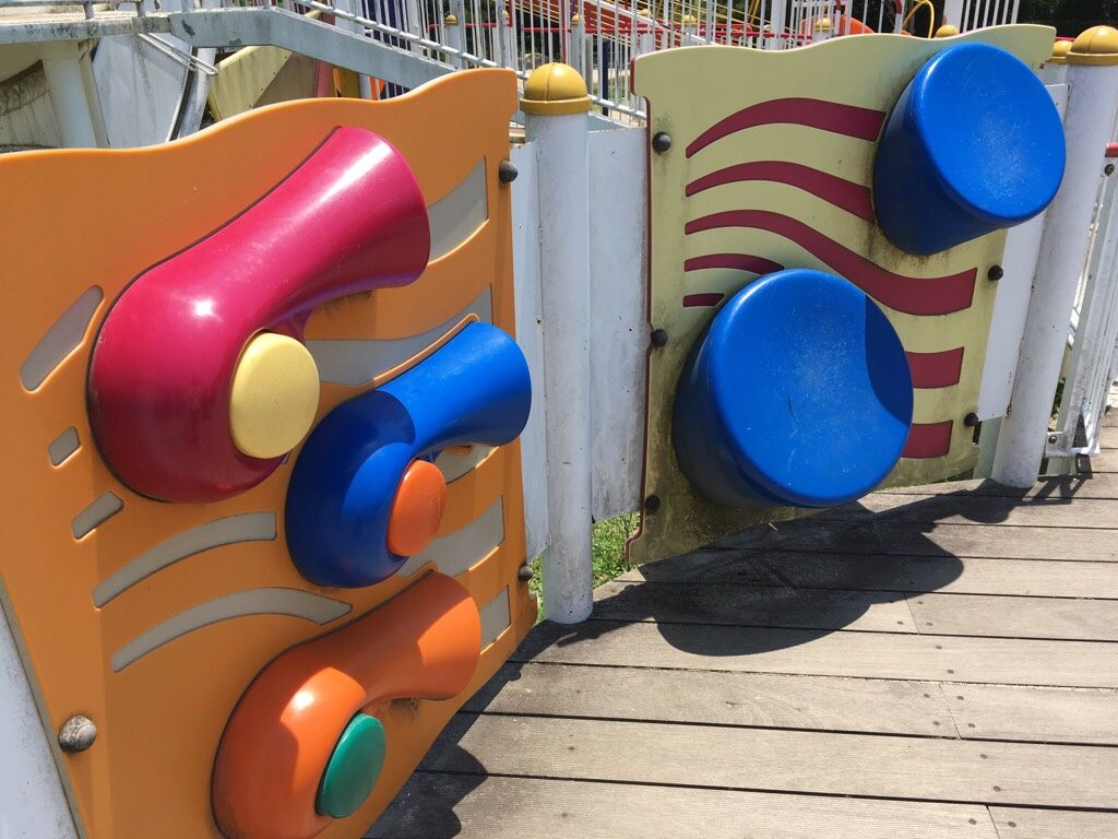 焼山公園の音が鳴る遊具