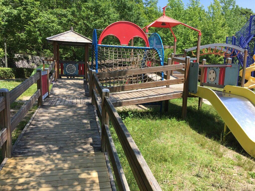 焼山公園の小さい子供向けの遊具