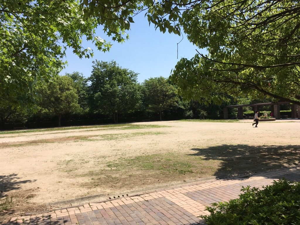 焼山公園の広場