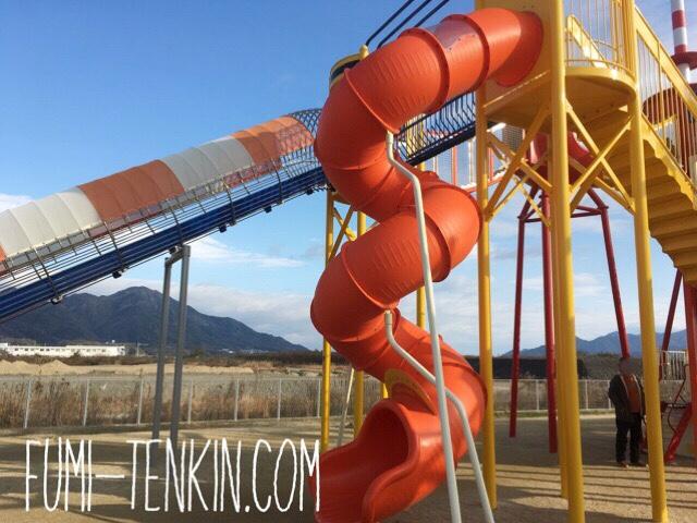 大竹の新しい公園の遊具広場滑り台2